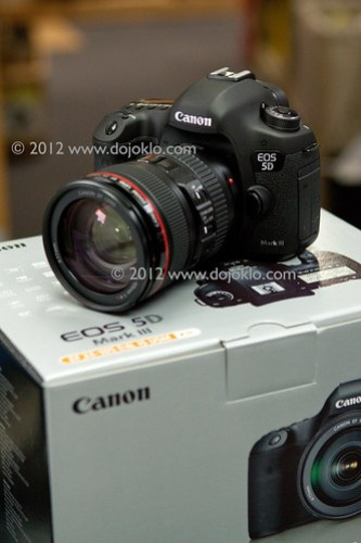 Canon 5D Mk III mark 3 unboxing unbox box package new EOS