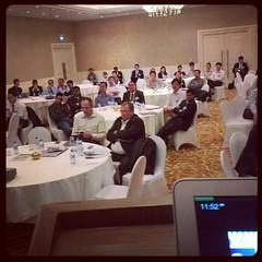 ภาพจากบนเวทีไปพูดวันนี้ ที่โฮจิมิน เวียดนาม ภูมิใจที่ได้มีโอกาสบอกให้ชาวโลกรู้ว่า E-Commercer และ M-Commerce ของไทย มันพัฒนาแล้วนะเฟ้ย เห็นได้ชัดว่าเราล้ำหน้าเวียดนามไประดับนึงเลย #PomVN