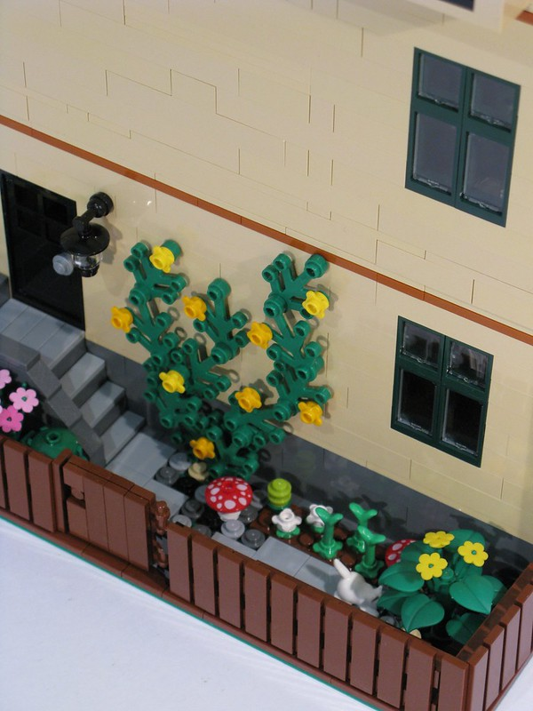 Tan Townhouse - Rear garden