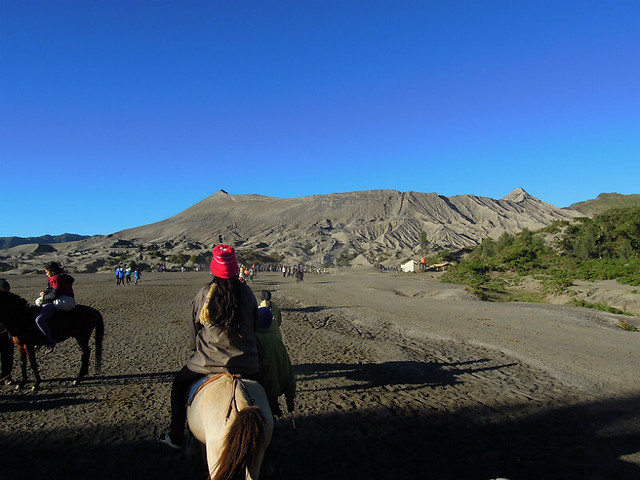 Horse-riding to Mt. Bromo