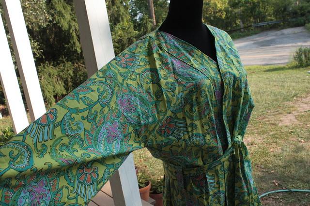 Big kimono sleeve