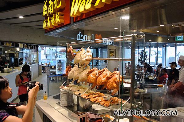 Wee Nam Kee chicken rice stall