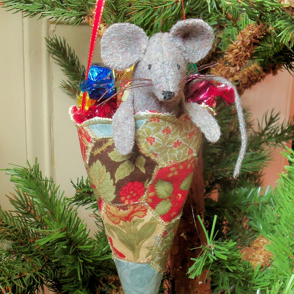 Candy Cone Christmas Mouse Decoration Bustle Amp Sew