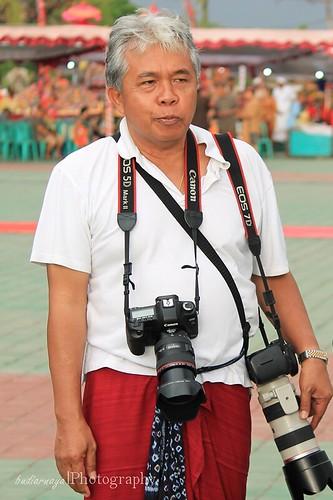 Om-Deniek.G.Sukarya