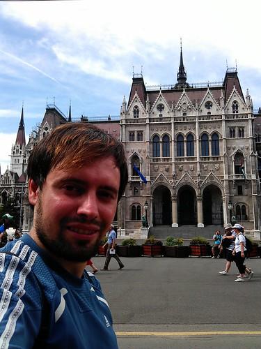 Día 3: Hungría (Budapest: Belvaros. Lipotvaros con Basílica y Parlamento. Erzsebetvaros con Sinagoga. Andrassy. Baños Szechenyi, etc).t)