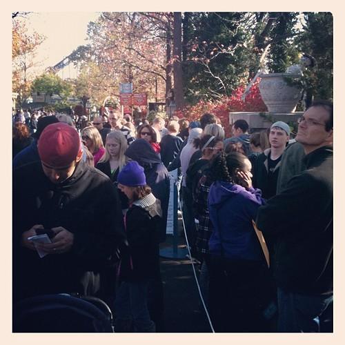 Season pass processing line at Six Flags. #hopeyoudidn'twanttogoonanyridestoday