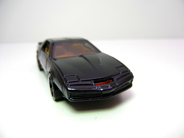 hot wheels KITT KNIGHT INDUSTRIES TWO THOUSAND (2)
