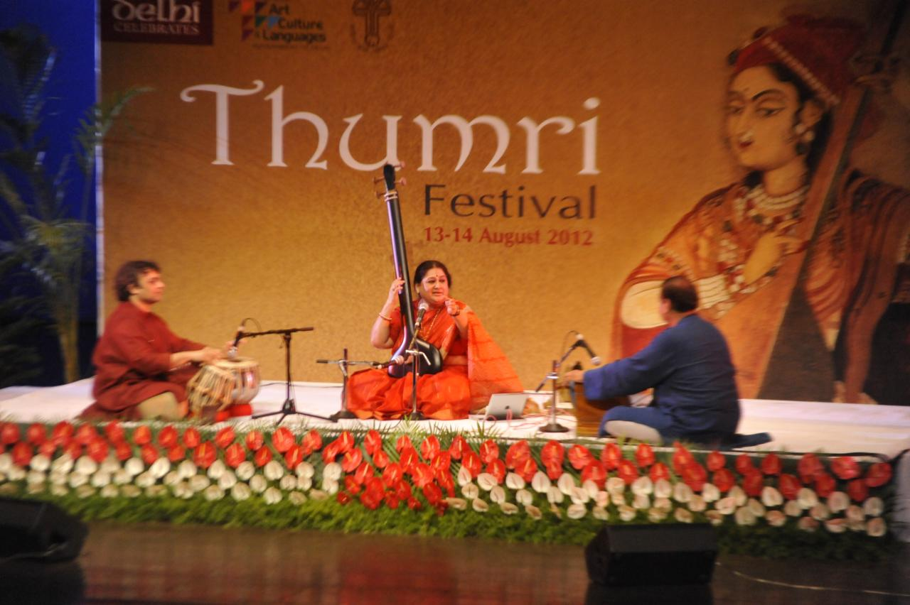 shubha Mudgal was very subdued; her usual self missing