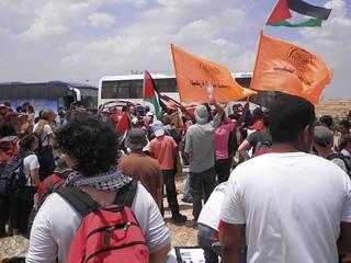 ההפגנה הסתיימה, עולים לאוטובוסים