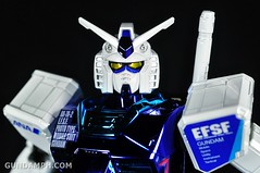ANA RX-78-2 Gundam HG 144 G30th Limited Kit  OOTB Unboxing Review (66)