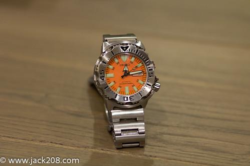 Seiko Men SKX781 Orange Monster dive watch