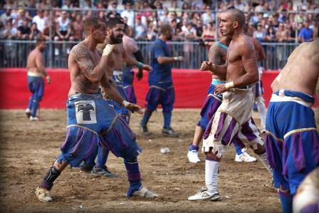 Calcio Fiorentino, olahraga Brutal Dari Italia