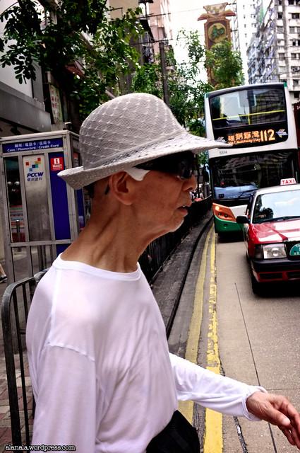 Man borrowed his wife's hat & sunglasses