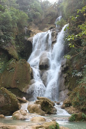 20120130_3153_Khang-Si-waterfalls
