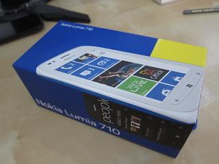 Lumia 710 Box