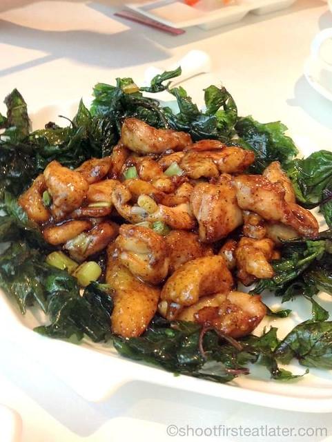 sauteed chicken w/ chinjew sauce HK$88