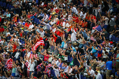 Mexican Wave, USA Spain Olympic Basketball Final, August 12th 2012