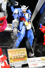 Upcoming Gundam AGE Model Kits Featured on Tokyo International Anime Fair 2012 (5)