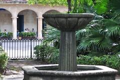 Es la plaza mas antigua de La Habana. En el siglo XVI era el corazon de la ciudad La Habana vieja y un paseo por sus plazas La Habana vieja y un paseo por sus plazas 7817526732 755022efd7 m