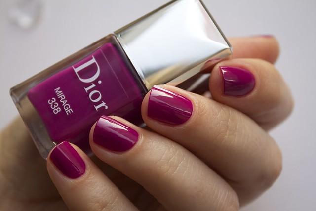 22 Dior 338 Mirage swatches