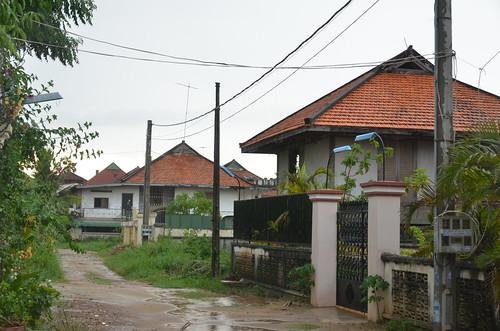 100 Houses