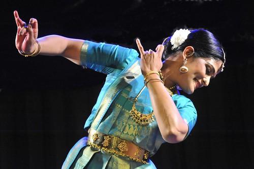 Sarvam Krishamayam - Padmashri Geeta Chandran solo by Vasu..