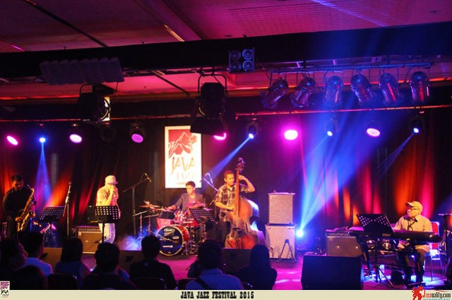 Java-Jazz-Festival-2015-Day-3---Andi-Wiriantono