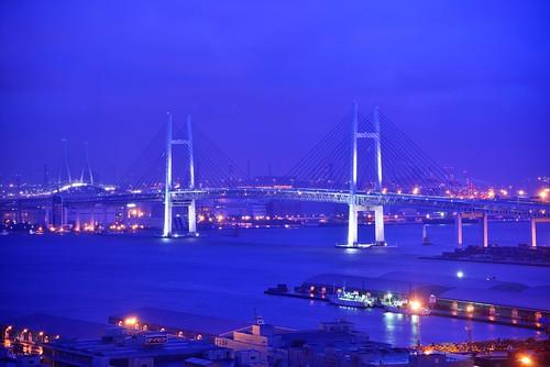 Yokohama Bay Bridge at Dusk by hidesax