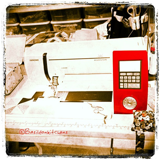 July 1 - red & white {my sewing machine} #photoaday #sewingmachine #janome #quilting #titlefx