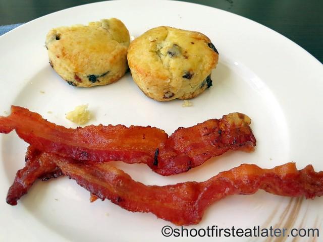 breakfast buffet at Acqua, Shangri-La Mactan-010