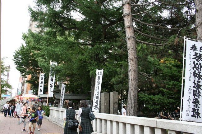 2013-09-03_16.32.49.0_Canon EOS Kiss Digital X_IMG_5549_琴似神社_shrine_hokkaido_japan