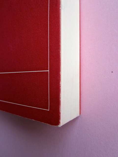 Christopher Isherwood, Addio a Berlino. Adelphi 2013. [resp. grafica non indicata]. Copertina, taglio verticale. (part.), 1