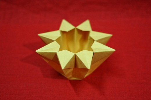 Origami 8 Pointed Vase