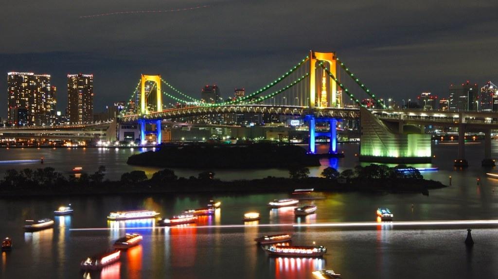 Tokyo Tower through the Rainbow Bridge