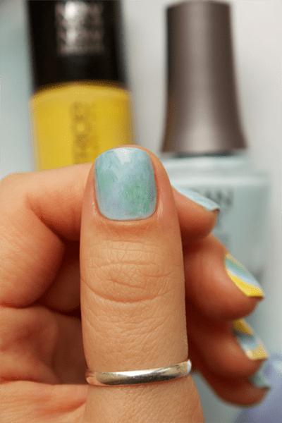 07-water-marble-nails-essie-bikini-so-teeny-morgan-taylor-water-baby