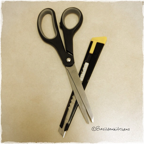 June 25 - sharp {sharp tools I use every day!} #fmsphotoaday #sharp #scissors #xacto #tools #titlefx