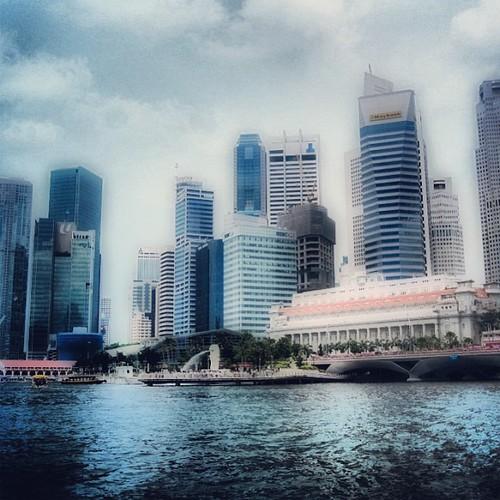 #singapore CBD by @MySoDotCom