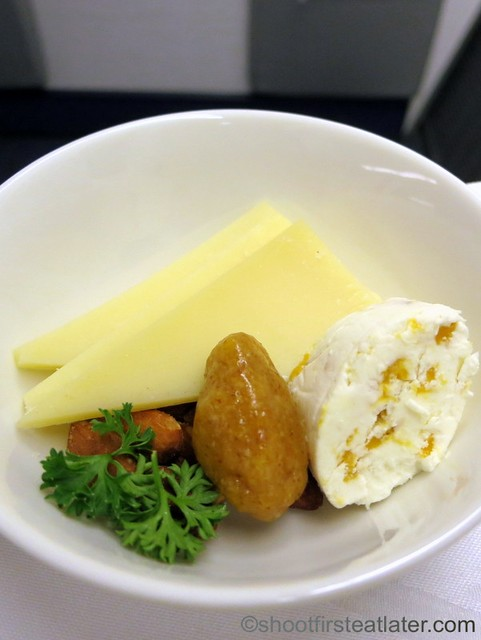 Philippine Airlines - Mnl-Mel business class meal-003