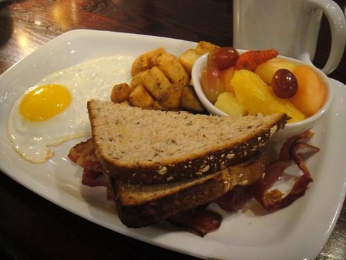 Torontonian breakfast