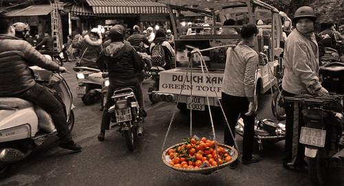Hanoi Street Vendor of Oranges