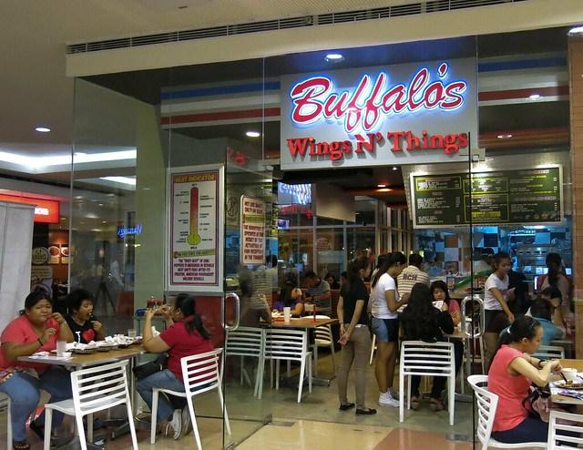 Outside Buffalo's Wings N' Things