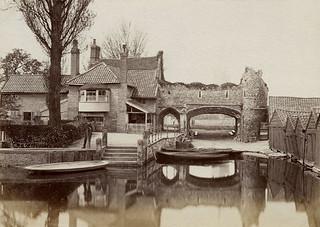 Pull's Ferry, Norwich c1900