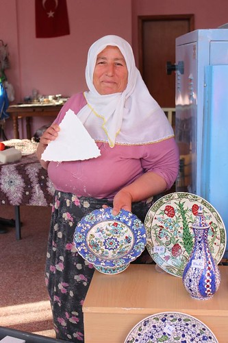 IMG_7303_pottery-woman_Small