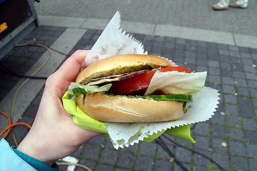 Bagel mit Räuchertofu + Grillgemüse