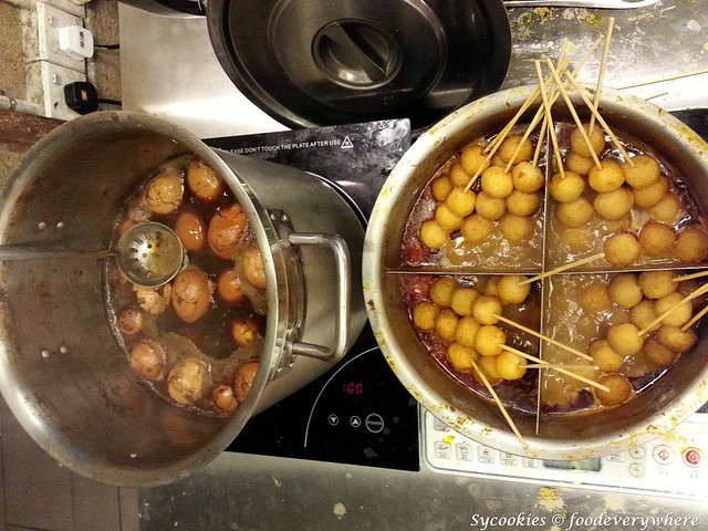 9.herbal eggs and fish ball curries