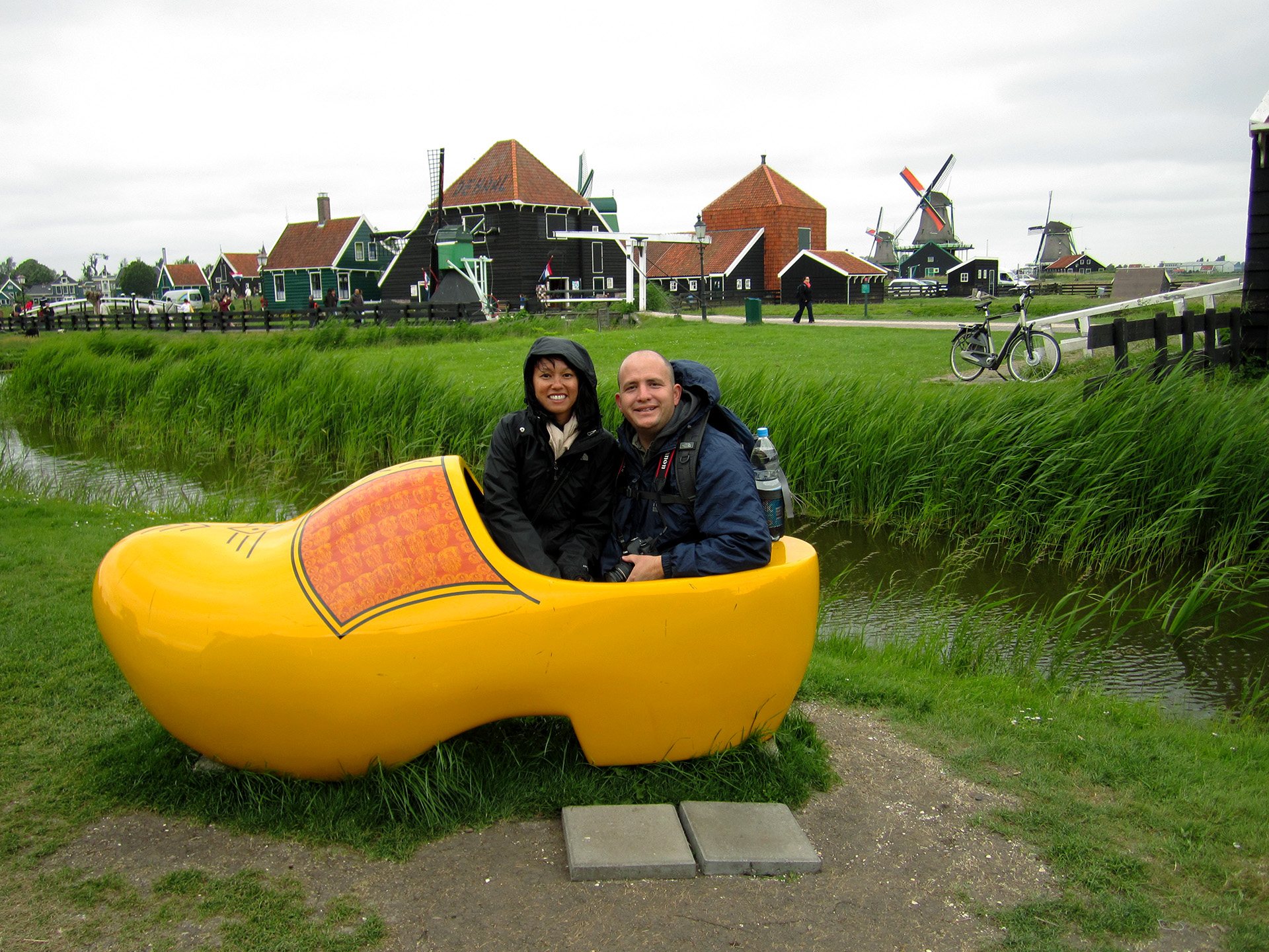 A cold day in the yellow shoe, Zaandijk.