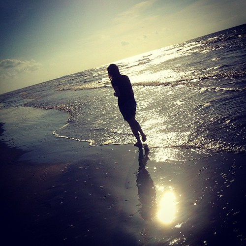 ...by the sea. #galveston #beach #igtexas #sea #thsc