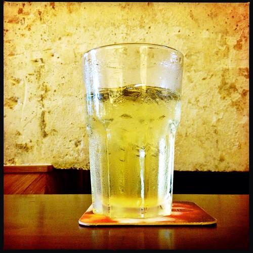 Ice tea at jewel cafe + bar by isaiah_sg