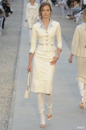 2012 Chanel-1.jpg