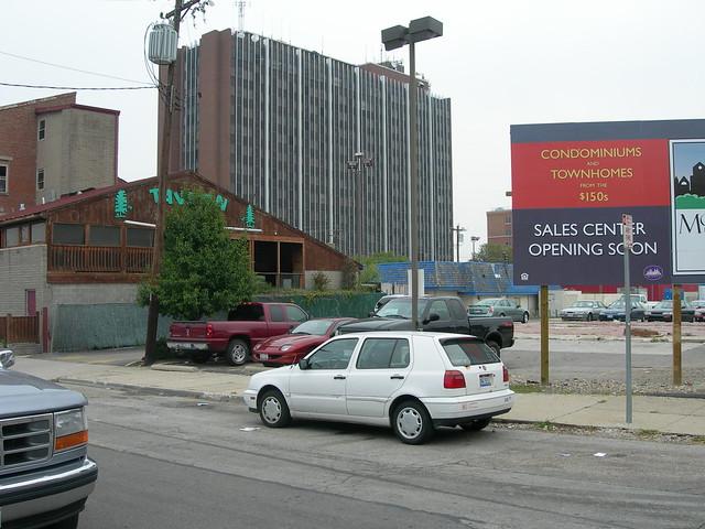 University of Cincinnati, Calhoun & McMillan